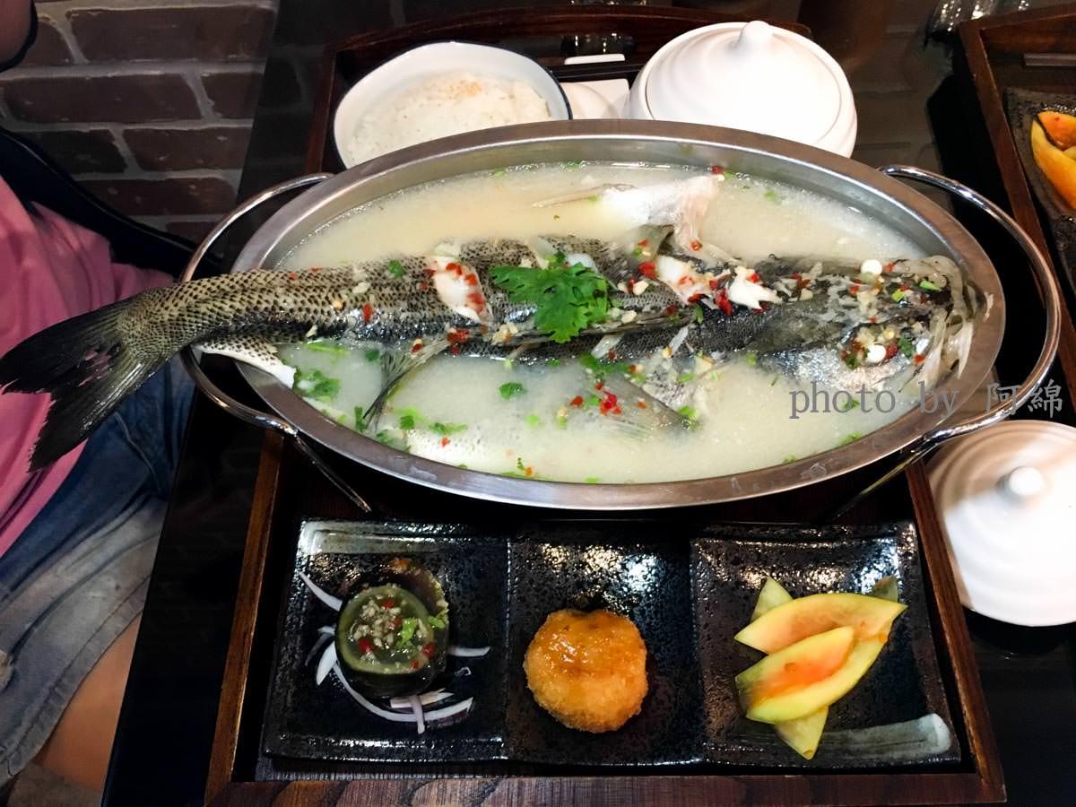 【桃園食記】Thai cook 泰酷 桃園區工業風裝潢的泰式定食料理