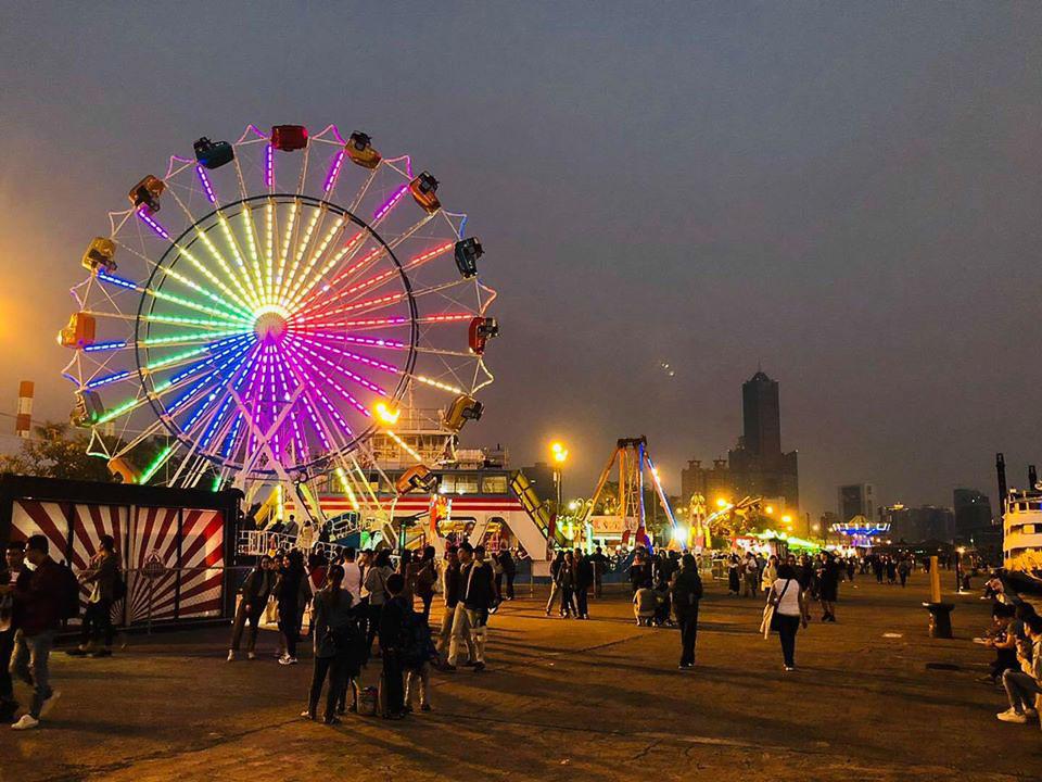 JETS嘉年華桃園青埔(地點/時間/門票售價/停車/40項以上大型遊樂設施、8層樓高飛天輪、國外美食市集)